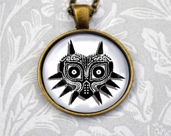 The Legend of Zelda Majora's Mask graphic necklace, round pendant in antique bronze