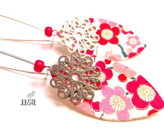 Japanese petals AKEMI print filigree brass earrings