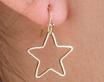 Fine star contour earrings