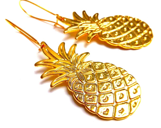 Ananans Golden brass earrings