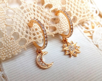 Dissociated rhinestone creoles LUNE ETOILE POLAIRE gilded brass with fine gold