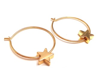 Fine gold star rings