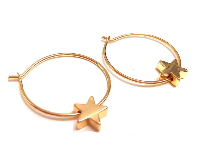 Fine gold star rings