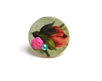 DESTOCKAGE Bague réglable fleur vintage bois, cabochon porcelaine froide rose électrique