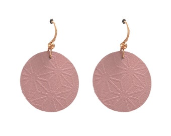 Full flower leather earrings engraved asanoha pearly pink