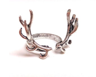Silver-plated brass ring deer