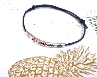 Minimalist brass bracelet engraved