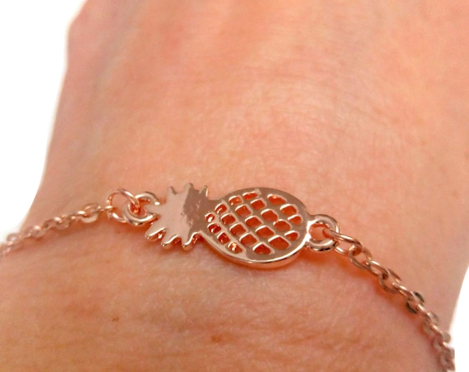 Fine pineapple golden brass bracelet