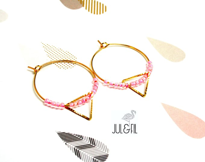 Golden brass rings gold plated 18K pink beads beaded triangle brass striated gold