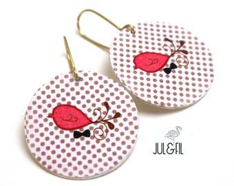 Graphic coral birds on polka dot vintage © juletfil wood stud earrings