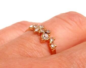 Ring fine brass stones crimped rhinestones