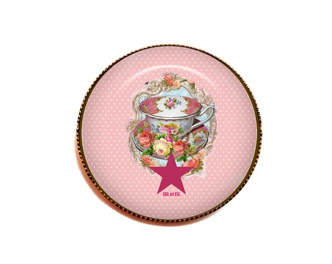 Cabochon brooch glass tea time