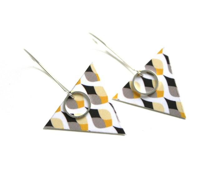 Triangular drops double sided earrings