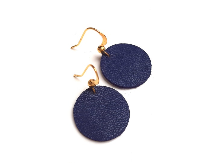 Full flower leather women's earrings, gold hooks (or silver on request)