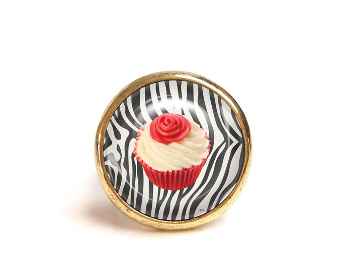 JUL and FIL ring cup cake zebra