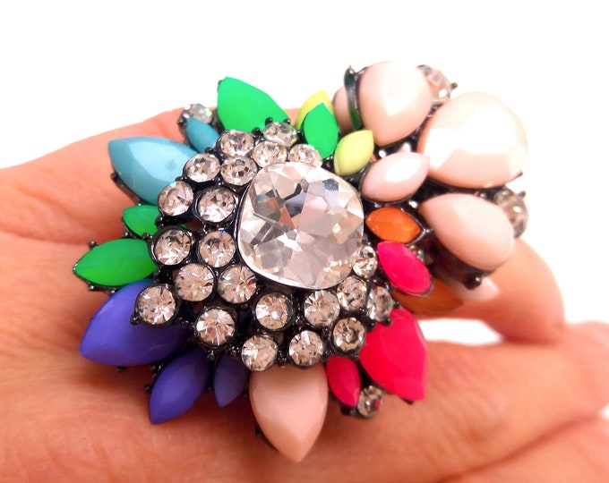 High quality multicolor rhinestones and set stones fancy floral ring