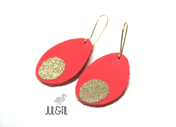 Earrings coral drops, glitter gold, brass