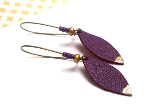 Earrings hooks purple navettes brass lacquer bronze, gold and purple beads