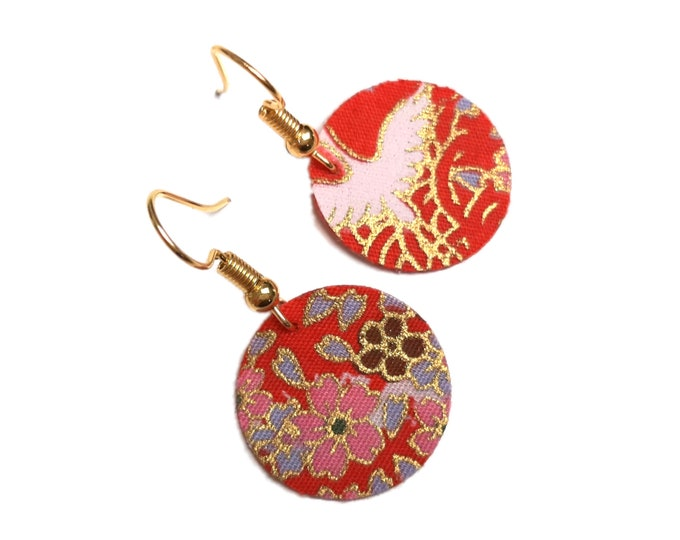 Sleeper brass and floral Japanese fabric, gold hooks (or silver on request)