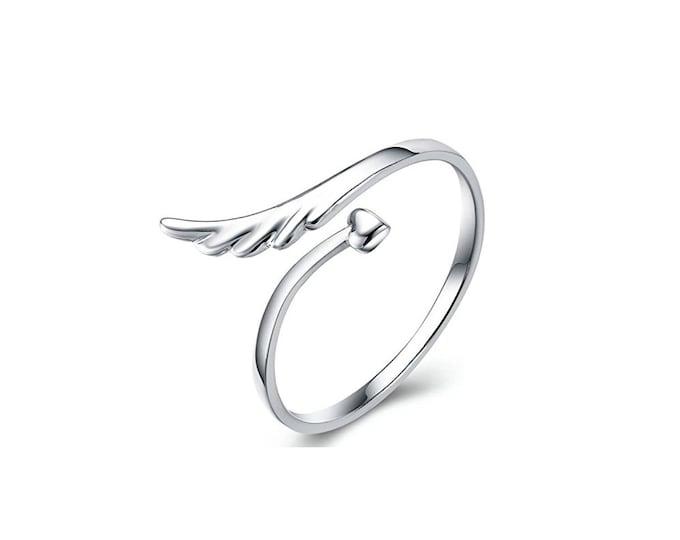 Adjustable brass ring woman angel wing heart