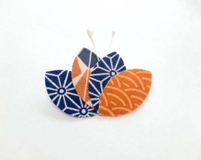 Japanese fabric petal brooch, women's gift, women's jewelry, birthday, wedding, bridle