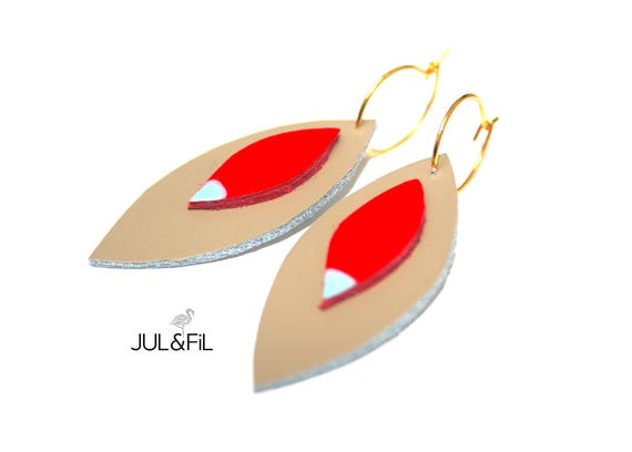 Earrings gold plated 24 Karat, shuttles taupe leather and coral, light turquoise Aqua lacquer
