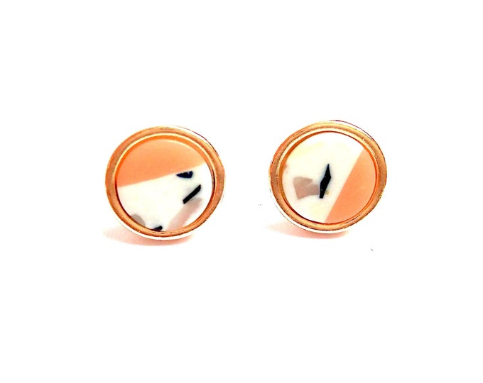 Studs chips marble and nude