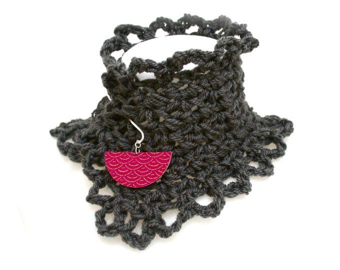 Anthracite grey hand crochet boho collar, brass pick, wood, Japanese ryaiha fabric