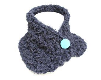 Anthracite grey soft collar, crochet, mint mint green laqué button,