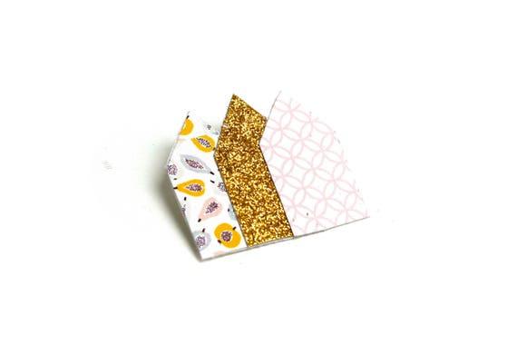 Brooch geometric glitter and Scandinavian houses glitter gold, pastel fruit, roses, on coated linen