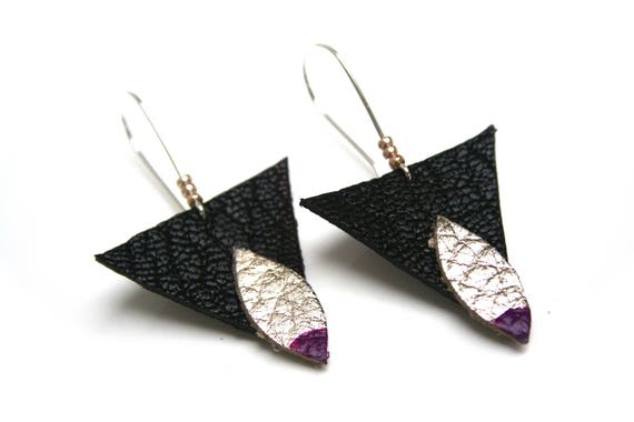 Sleepers leather geometric triangles and navettes, gold and black, purple lacquer, Golden seed beads, silver plated brass