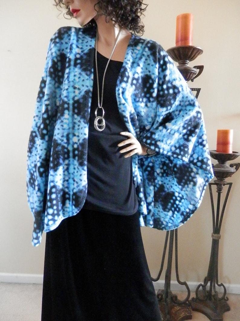 Blue /& Black Abstract Print Ruana WrapBoho KimonoPoncho ShawlWomen CapeLightweight JacketPlus Size Cape ShawlStoleRuanaCover UpWrap