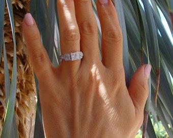 VVS1 Diamond Ring 18 Karat White Gold Princess Cut Diamond Ring Size 4.5, I Color, Sizeable, White Diamond Engagement Ring, Made In Italy