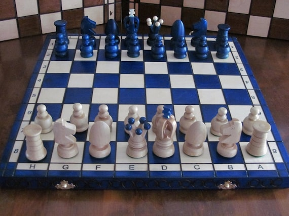 Brand New♚ Hand Crafted  Wooden Chess Set 30cm x 30cm♞