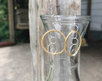 Two tone circles earrings