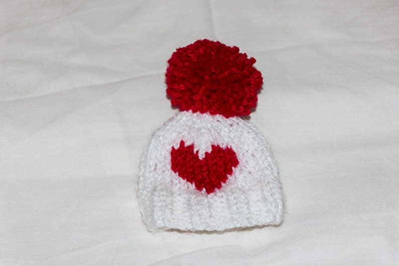 adaacedeb4a Valentine s Day egg cosy Heart Egg Cosy egg warmers egg