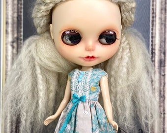 Blythe and Pullip Sleeveless dress