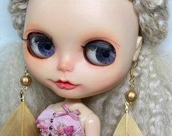 Blythe golden feather earrings