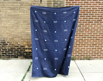 Navy Blue Linen Throw / White Light Blue Block Printed Linen Beach Blacket Table Cloth Curtain Flax Bedding Cover Wall Hanging Geometric