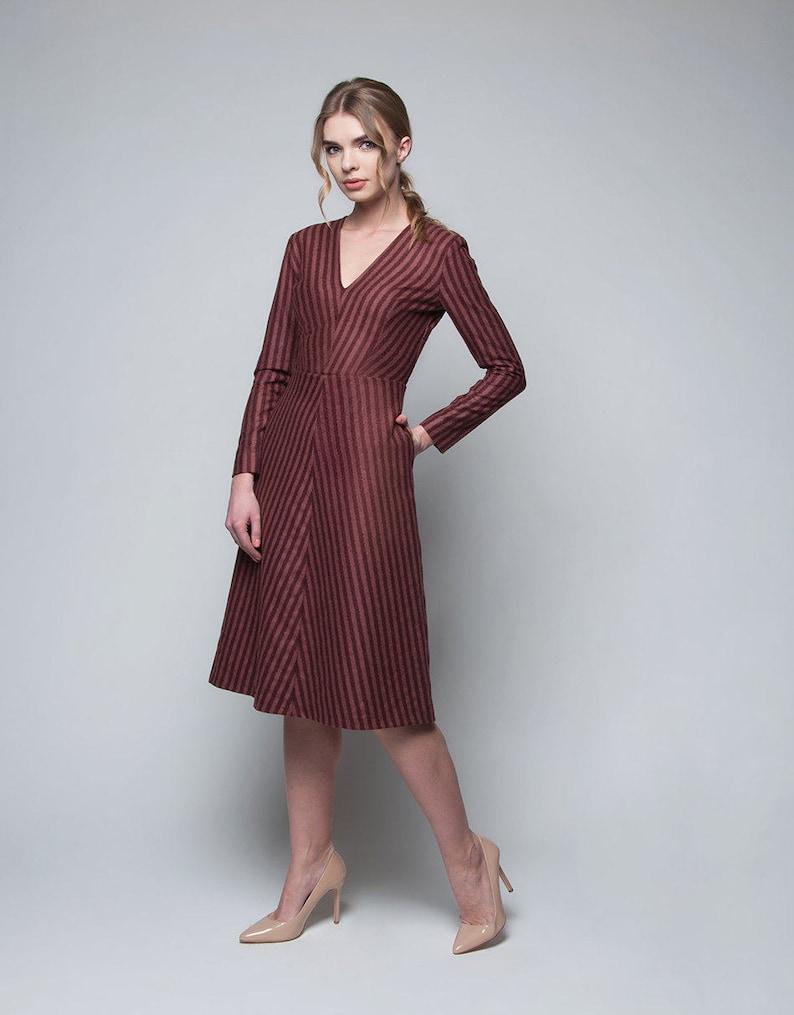 4d0ebc226ef Robe en laine robe de bureau robe daffaires robe dhiver