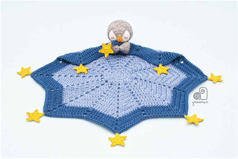 CROCHET PATTERN Peter the Penguin crochet amigurumi lovey
