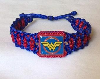 Very nice Wonder Woman Bracelet