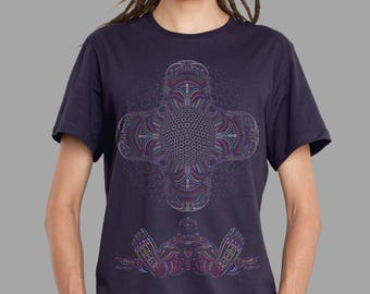 Psychedelic T-shirt for Men in Aubergine, DMT Inspired, UV reactive, Ayahuasca, Burning Man Clothing, Burning Man Men, Festival Shirt