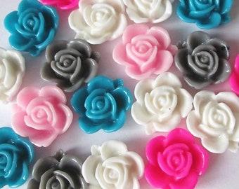 50 Kawaii Kitsch Rhinestone Flower Gem Cabochons 11mm Acrylic Flowers