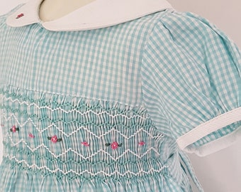 0f98061ae Beautiful checked Hand Smocked dress with Embroidery - size 2
