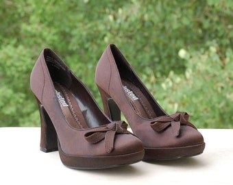 cd8e20007a5 Platform Pumps Heels Unlisted by Kenneth Cole Formal Brown Satin Size 7