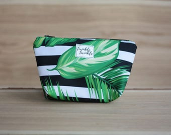 Make-up pouch, make up bag, make up, utility case, cosmetics case, zipper pouch, accessories case
