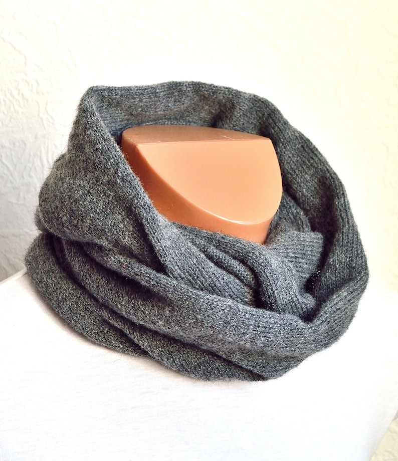 Hand made kid mohair cashmere snood scarve
