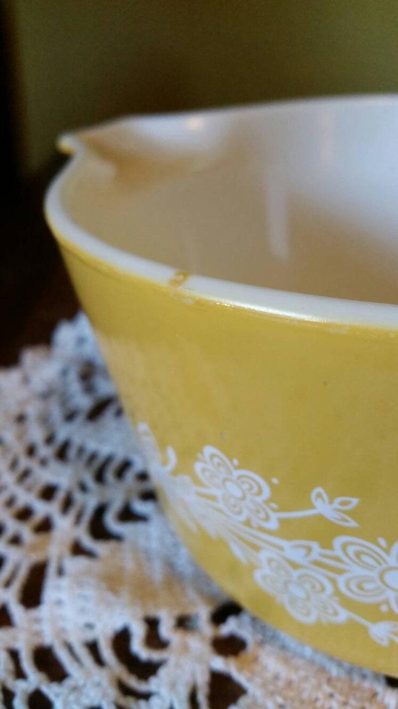 Pyrex Golden Floral Casserole Dish