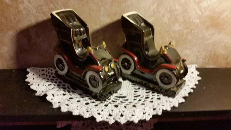 Redware 1901 Ford Sweepstakes Car Decanter/Bookends